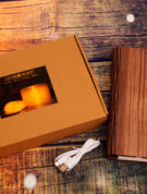 Kniga-svetilnik-v-derevyannoj-oblozhke-s-diodnoj-podsvetkoj-optom-nedorogo-3