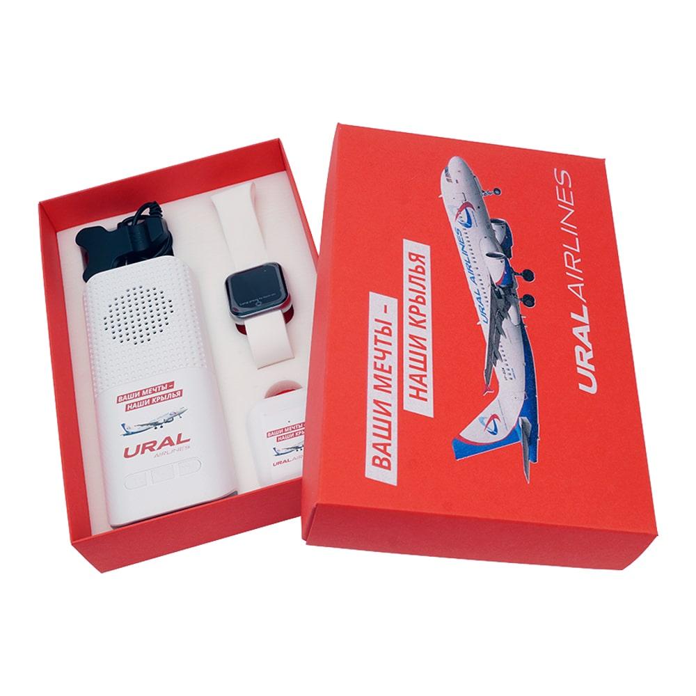 Подарочный набор с логотипом компании Ural Airlines Подарочный набор с логотипом компании Уральские авиалинии внешний аккумулятор умные часы зарядное устройство